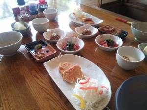 朝食一例さっぱり食べれて栄養もしっかり取れる朝食をご用いたします